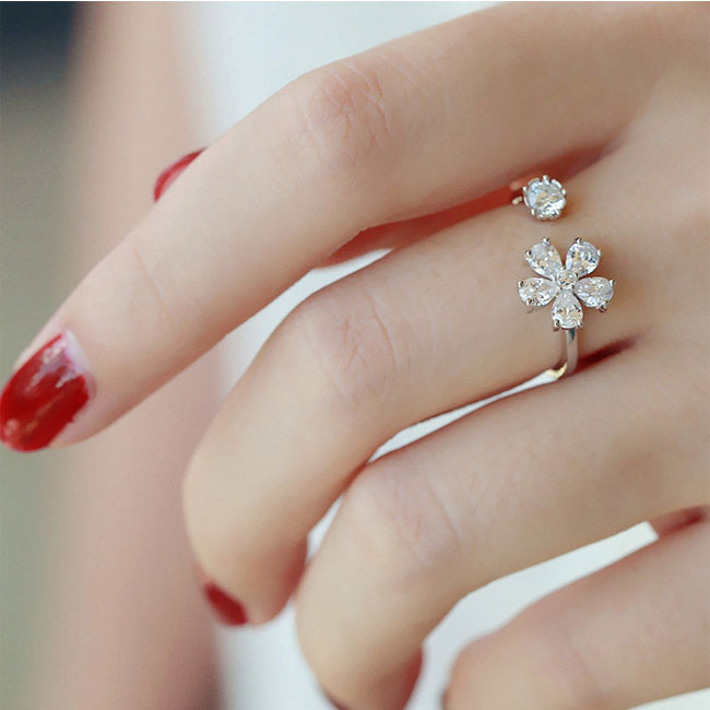 Fresh Flower Open Diamond Friend's Gift Silver Ring
