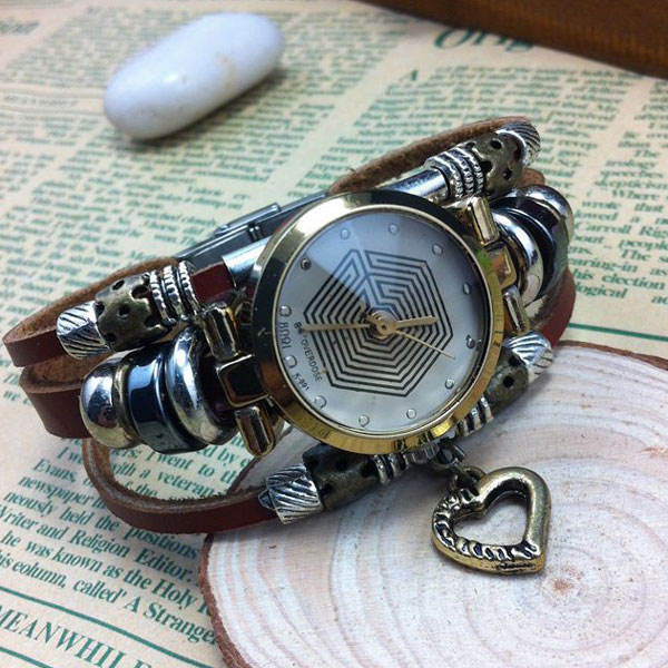 Vintage Eight Diagrams Pattern Heart Steel Bracelet Watch