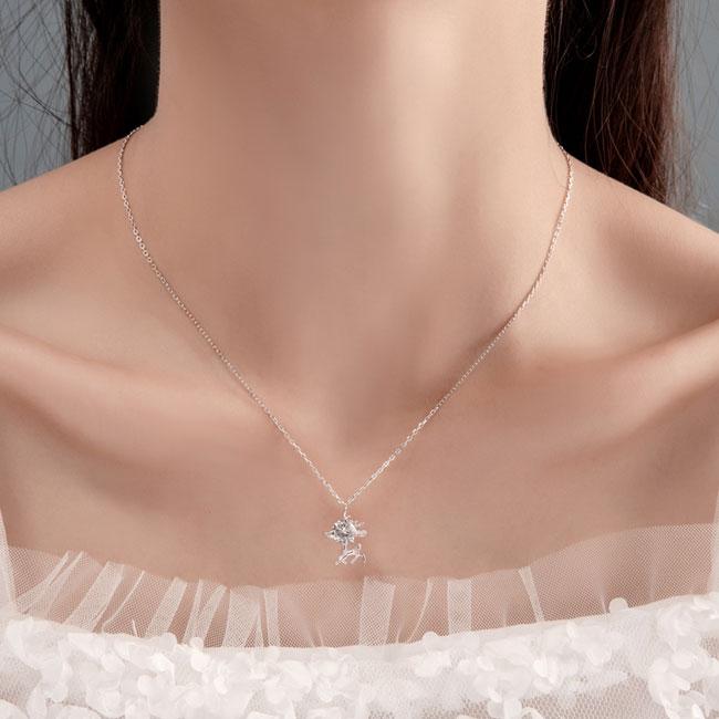 Cute Elk Girlfriend Gift Pendant Deer Crystal Silver Women Necklace