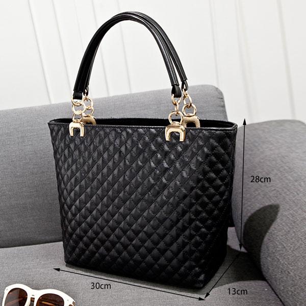 Vintage Diamond Pattern Leather Handbag