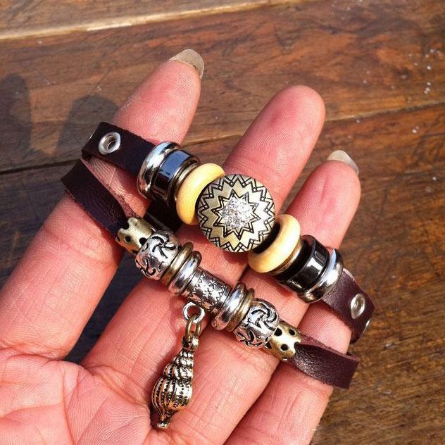 fashion Retro Conch Rhinestone Leather Bracelet