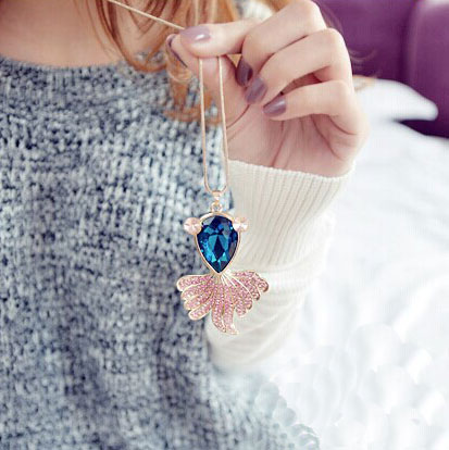 Lovely Fish Rhinestone Sweater Dress Necklace