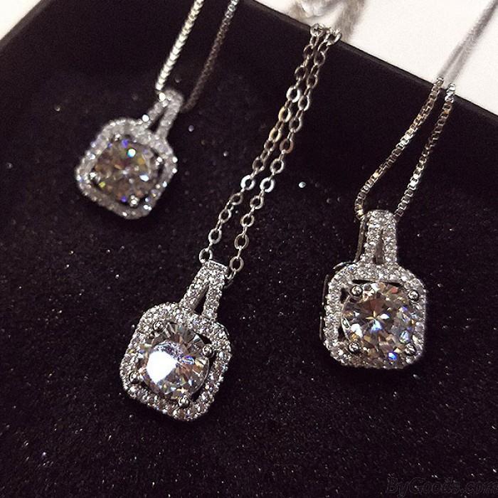 Luxurious Cubic Zirconia Pendant Handbag Pattern Clavicle Chain Necklace