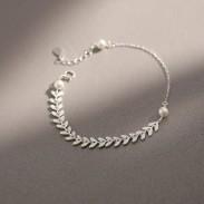 Fresh Wheat Ears Simple Literature Pearl Leaf Silver Lady Bracelet