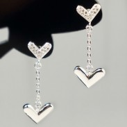Sweet Silver Closer Hearts Diamond-bordered Heart-shaped Hanging Polished Heart Women's Earring Studs