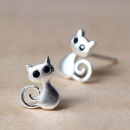 Lovely Cat Kitten Earrings Personality 3D Animal Earrings Studs