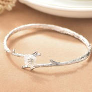 Unique Cherry Imitating Branch Lines Circular Ring Shell Silver Flower Open Bracelet