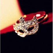 Unique Rose Gold Mask Crystal Ring