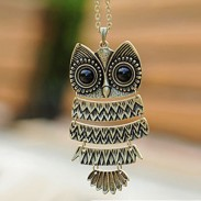 Retro Cute Owl Sweater Necklace