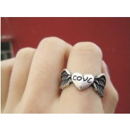 Vintage Angel Wings Love Ring