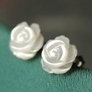 Fresh Engraved Shell White Rose Silver Needle Flowers Earrings