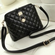 Fresh Shell Shoulder Bag Quilted Messenger Bag