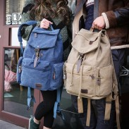 Retro Canvas Men's School Rucksack Flap Metal Lock Large Capacity Backpack Travel Backpack
