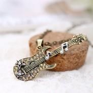 Fashion Rock Music Guitar Bass Notes Diamond Pendant Necklace