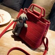 Retro Girl Quilted Shoulder Bag Bear Messenger Bag Handbag