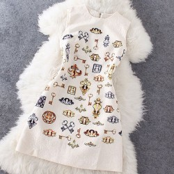 Gold Keys Print Relievo Sleeveless Dress