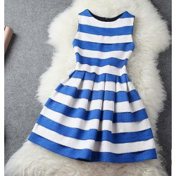 Unique Blue White Wavy Striped Sleeveless Dress