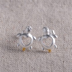 Cute Hollow Heart-shaped Little Turtle Scrubs 925 Silver Earrings