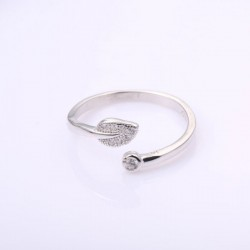 Cute Crystal Ring Silver Leaf Unique Gift Leaves Open Ring