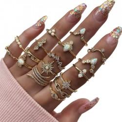 Fashion Rhinestone Gem 17 Set Finger Women Ring