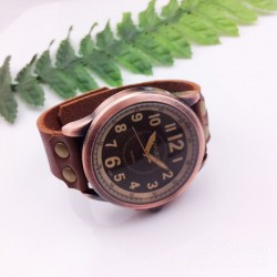 Handmade Multi-scale Retro Leather Watch
