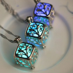 Retro Luminous Hollow Cubic Wishing Tree Night Stone Pendant Clavicle Chain Necklace