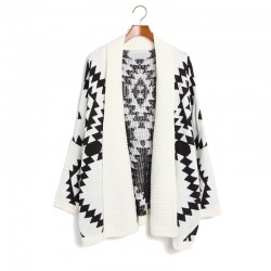 Fashion Geometric Loose Fitting Figure Knit&Cardigan
