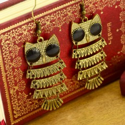 Retro National Owl Earring