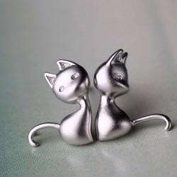 Lovely Cat Anti-allergy Studs Silver Asymmetry Earring