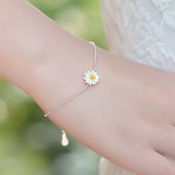 Fresh Little Yellow Stamens Daisy Flower Sweet Sterling Silver Bracelets
