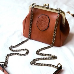 Elegant Small PU Frosted Retro Crip Shell Shape Metal Chain Belt Shoulder Bag