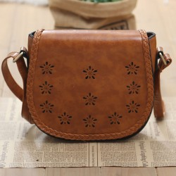 Hollow Retro Simple Weave Shoulder Bag