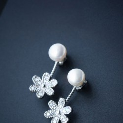 Cute Shining Pearl Drop Flower Silver Earrings Studs