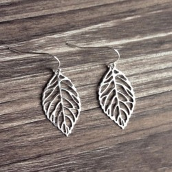 Elegant Leaves Plant Pattern Ear Drops