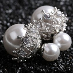 Shining Hollow Diamond-bordered Pearl Amphibious Women's Earring Studs