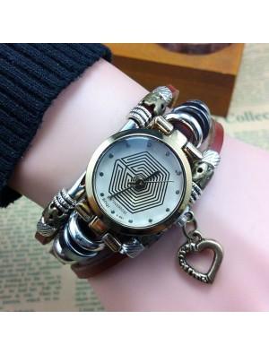 Vintage Eight Diagrams Pattern Heart Steel Bracelet Watch