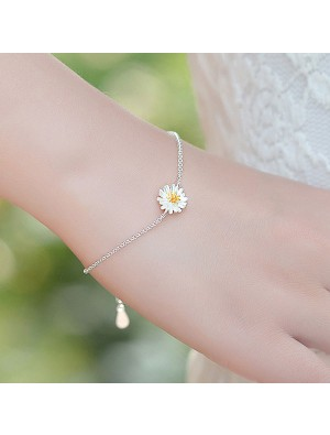 Fresh Little Yellow Stamens Daisy Flower Sweet Sterling Silver Bracelets