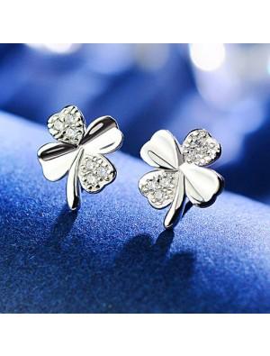 Girl's Shining Diamond-embedded Four-leaf Clover Lucky Clover Simple Silver Mini Cute Earring Studs