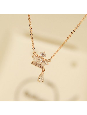 Rose Gold Royal Crown Diamond Pendant Lady Necklace