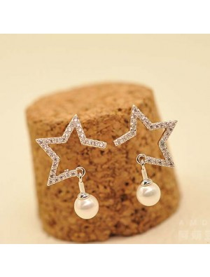 Fashion Girl's Hollowed-out Diamond-bordered Star Pearl Pendant Silver Women Earring Studs