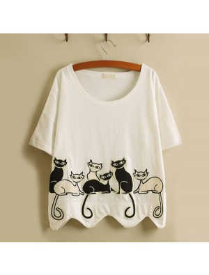 Leisure Fresh Embroidery Lovely Kittens Wavy Hem Loose Short-sleeved T-shirt