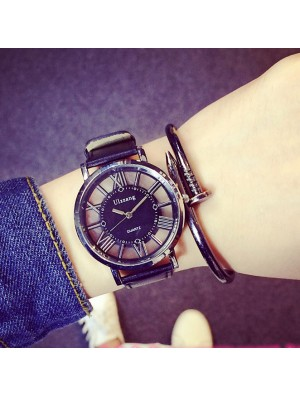 Creative Hollowed-out Designed Roman Numerals Geometric Patterns Triangle Dial Quartz Watch