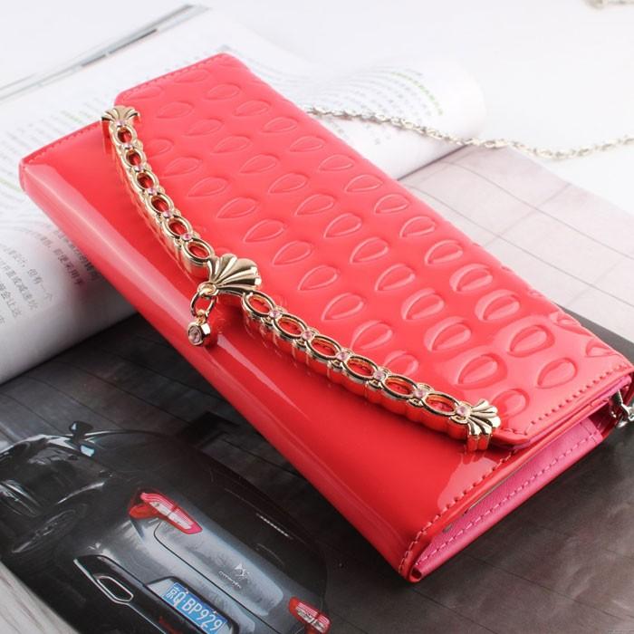 Elegant Chain Shell Clutch Bag& Wallet