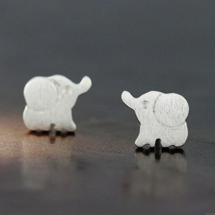 Lovely Elephant 925 Sterling Silver Stud Earrings