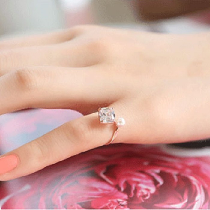 Elegant Zircon Pearl Opening Rings Girls Rings