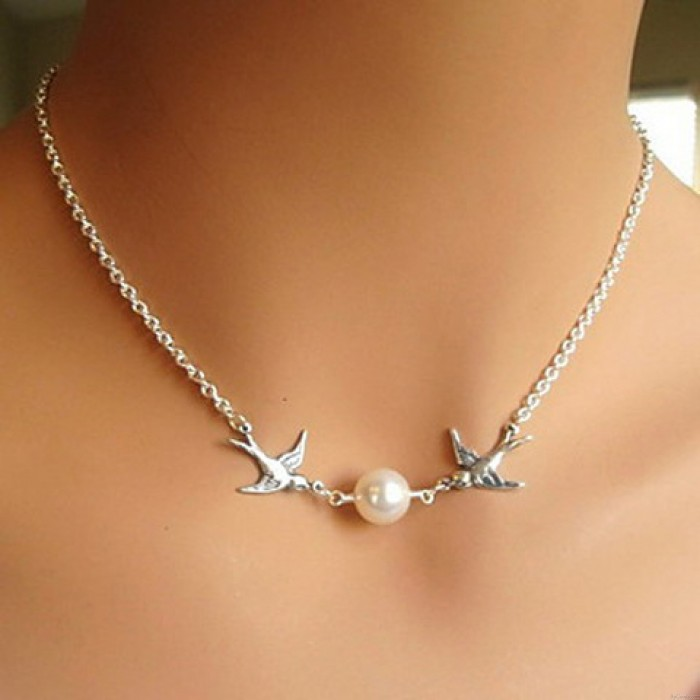 Couple Birds Pearl Necklace