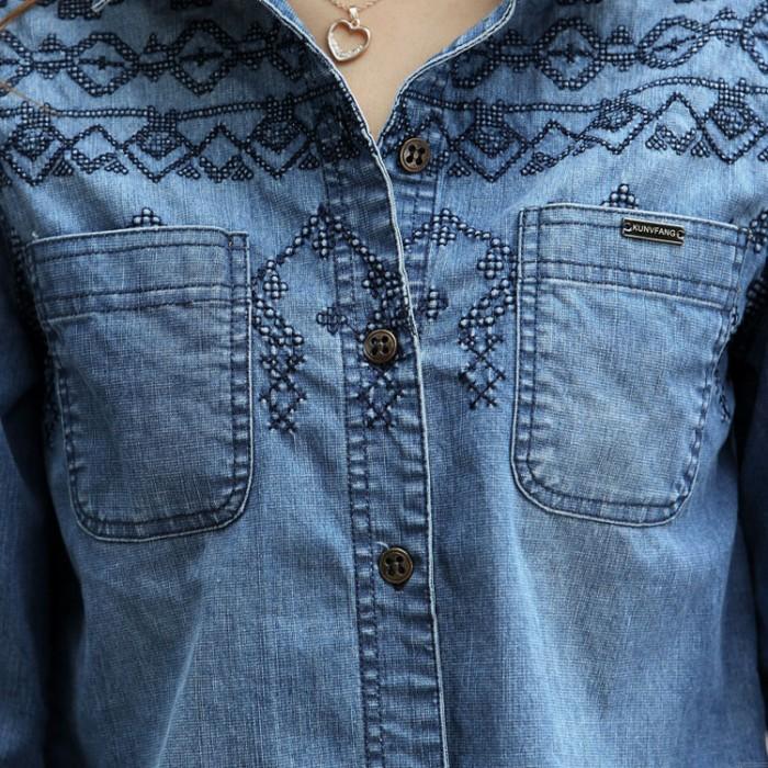 Fashion Blue Embroidered Long-sleeved Denim Shirt