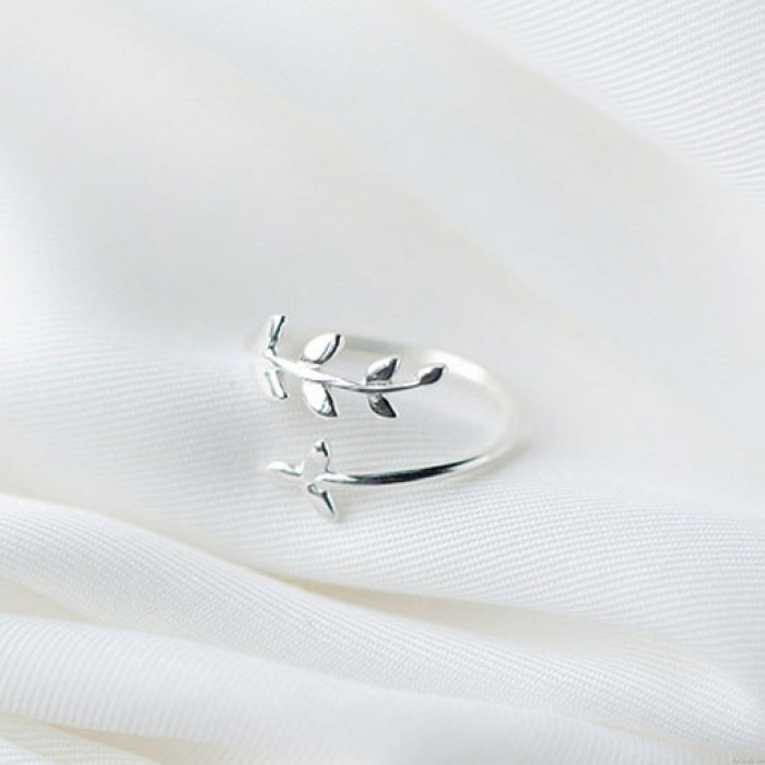 Sweet Simple Tree Leaves Silver Open Ring