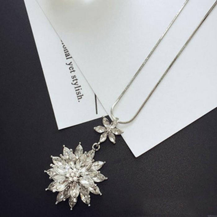Fashion Women Crystal Rhinestone Flower Pendant Long Sweater Chain Necklace HFUK