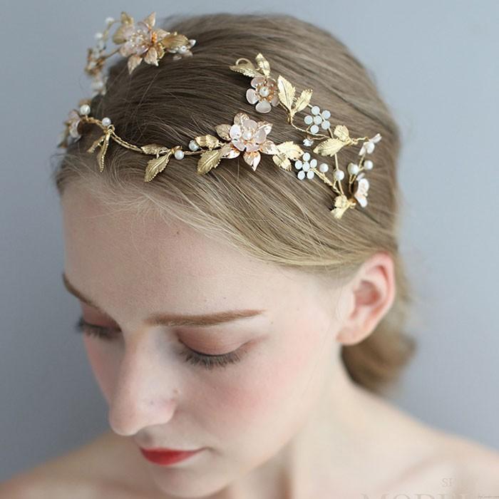 Sweet Baroque Style Queen Crown Asymmetric Handmade Flower Leaves Pearl Bridal Headdress Hair Accessories